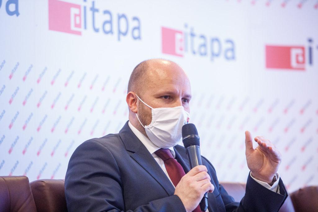 Jaroslav Nad na kongrese ITAPA