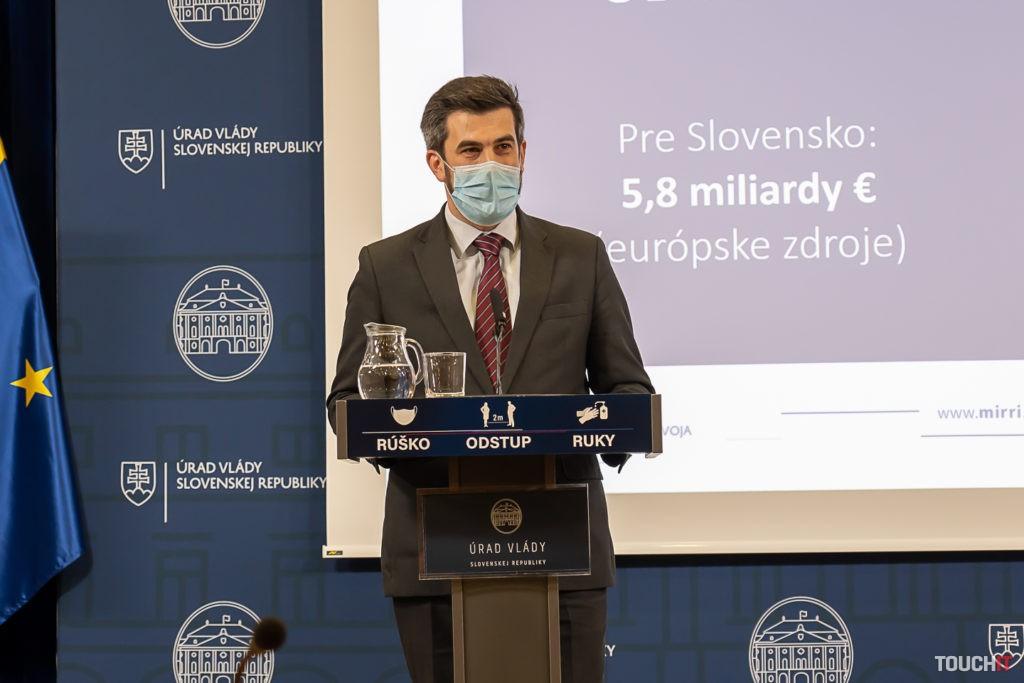 Poradca ministerky Veroniky Remišovej pre oblasť informatizácie, Ján Hargaš