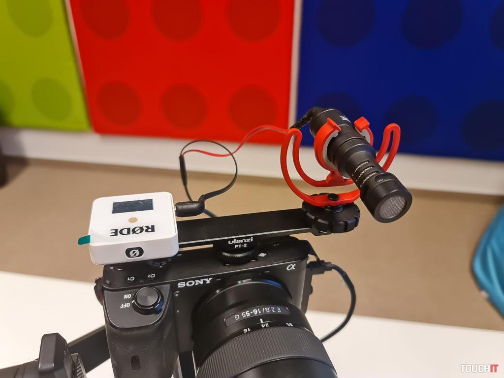 Dva mikrofóny znamenajú istotu vo zvuku
