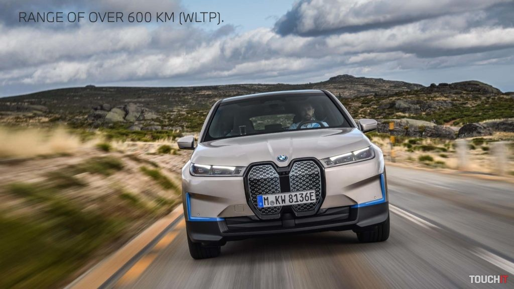 Jazda s novým BMW iX