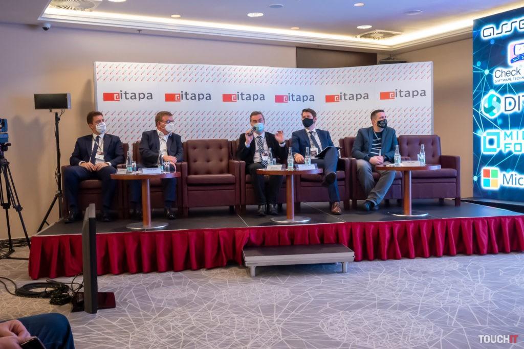 Diskusný panel za účasti ministra dopravy