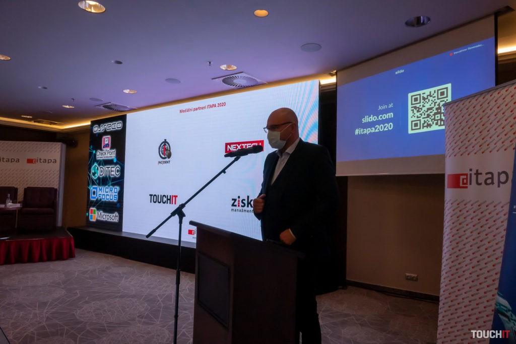 Minister hospodárstva na konferencii ITAPA