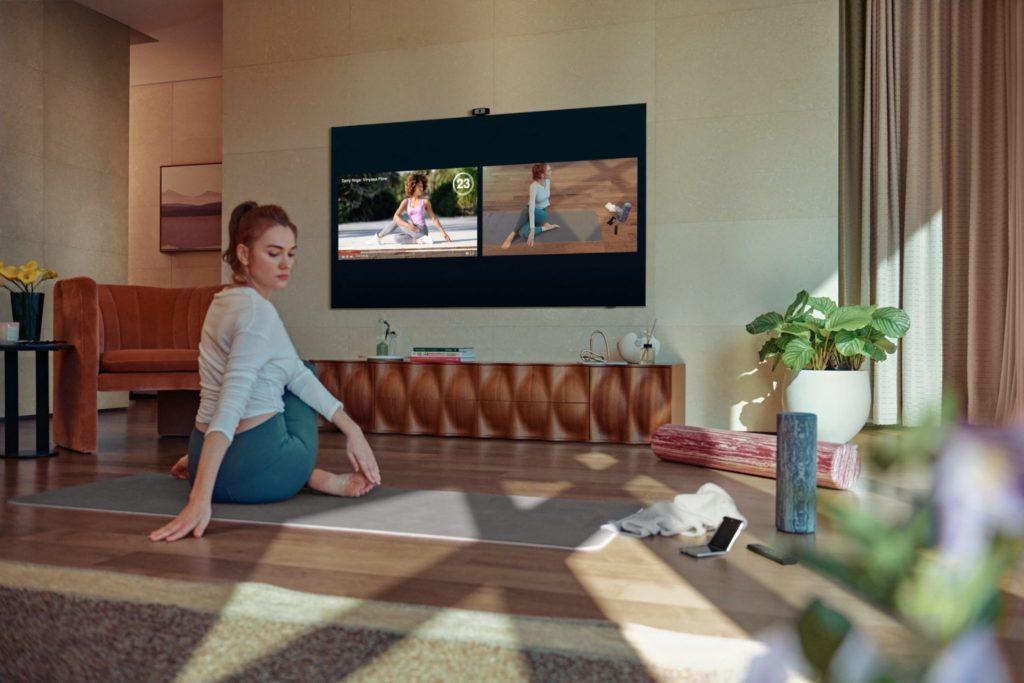 Jedna z nových funkcií: inteligentný tréner v televízore Neo QLED