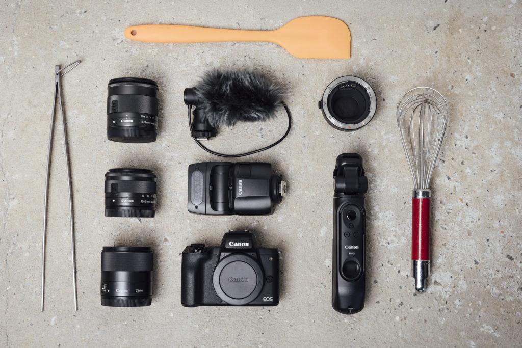 EOS M50 Mark II a všetko potrebné na sociálne siete. Zdroj Canon