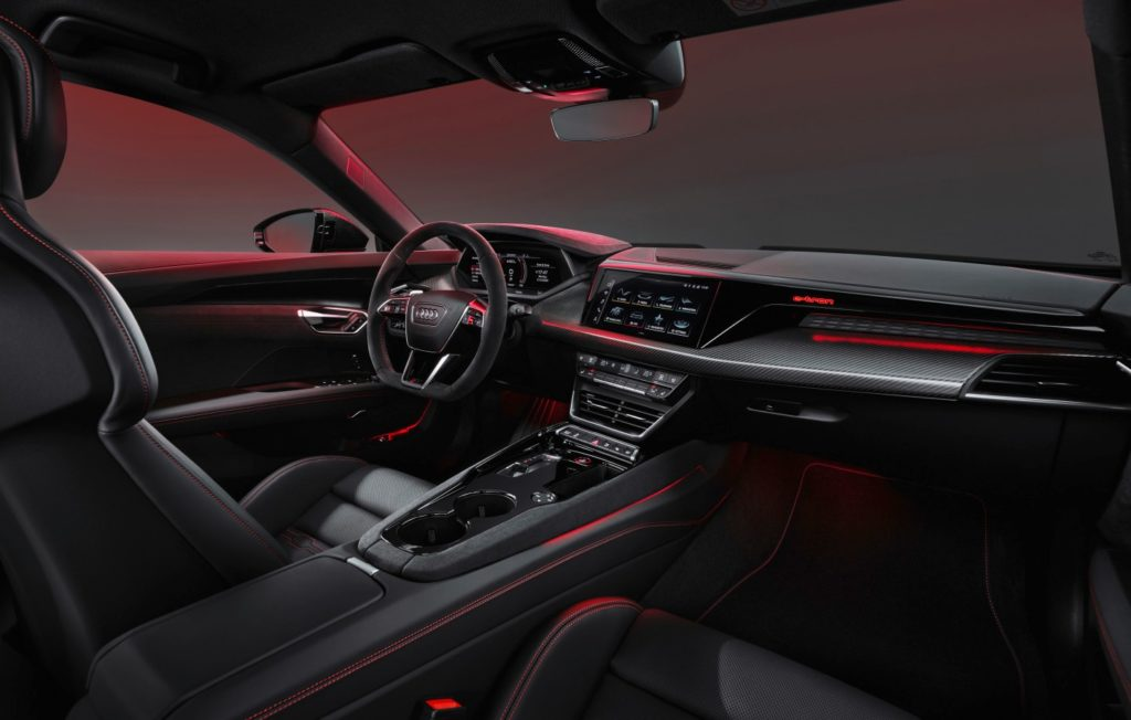 Displej Audi RS e-Tron GT. Zdroj: Audi