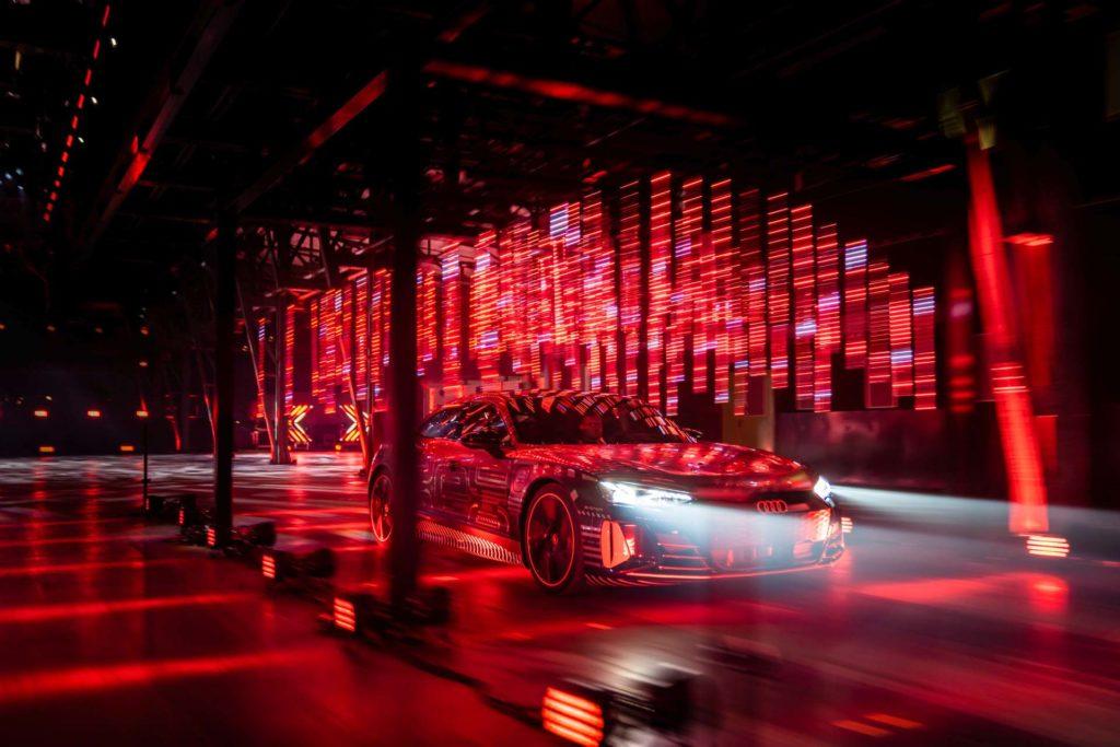Matrix svetlá v Audi e-Tron GT. Zdroj: Audi
