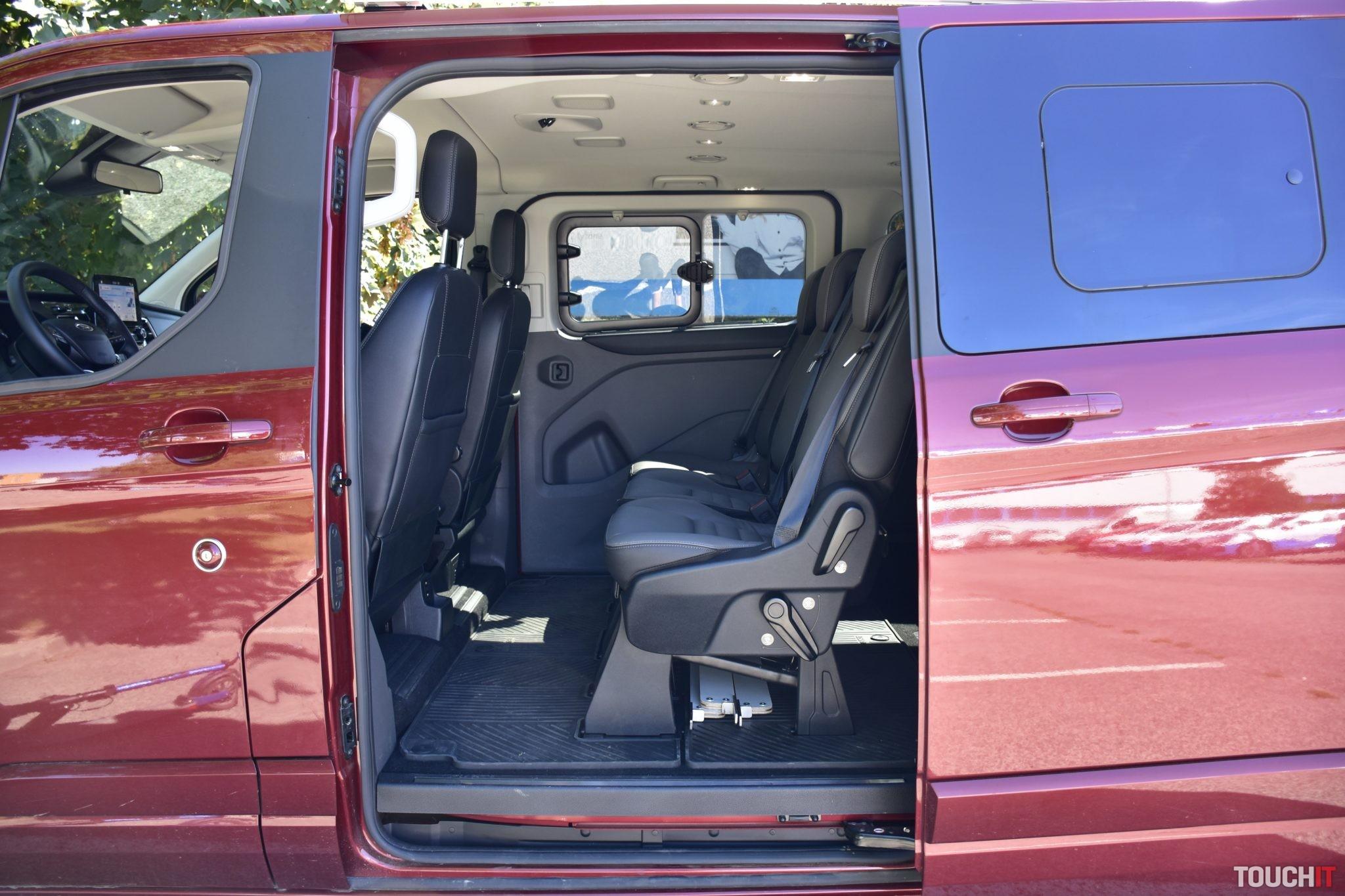 Ford Tourneo Custom EGOE