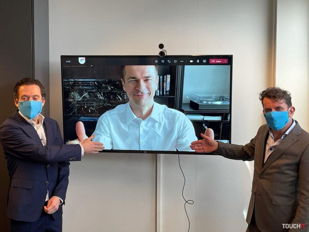 Martin Vohánka zo spoločnosti EUROWAG a zástupcovia spoločnosti Last Mile Solutions. Zdroj EUROWAG