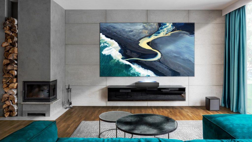 88-palcový televízor Hisense HE88L5V., Zdroj: Hisense
