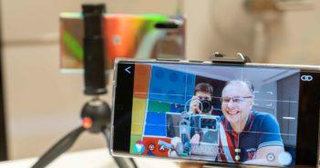 Vlog natočený pomocou dvoch telefónov prepojených cez FiLMiC Remote