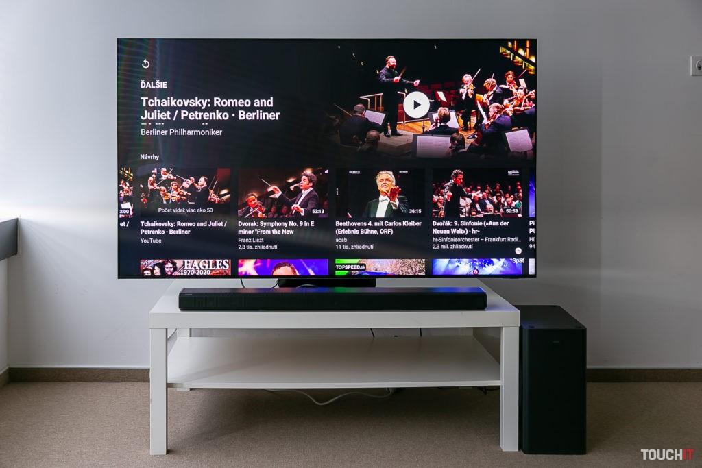Prepojenie televízora Neo QLED QA-800N a soundbaru HW-800A spolu s reprodukciouzvuku Q-Symphony. Zdroj: Ondrej Macko/TOUCHIT.sk