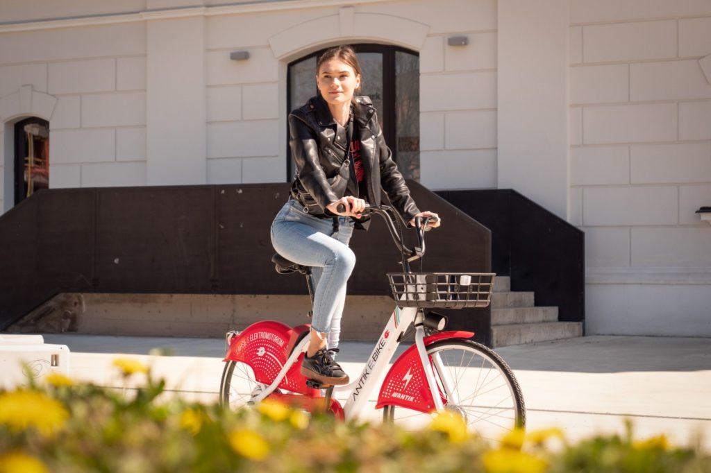 Antik predstavil elektrické bicykle v Košiciach