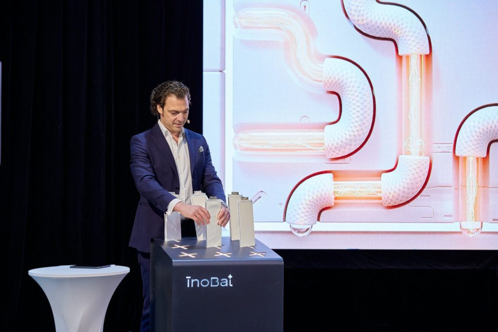 Marián Boček, CEO spoločnosti InoBat Auto pri spustení rekonštrukcie haly