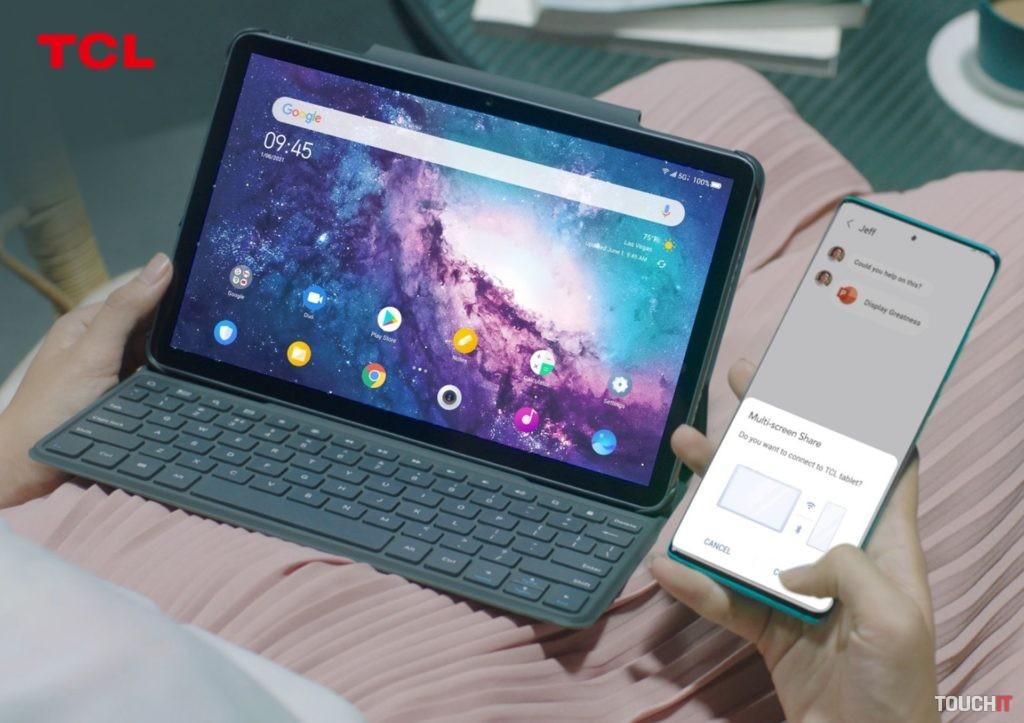 Spolupráca medzi tabletom a smartfónom TCL. Zdroj: TCL