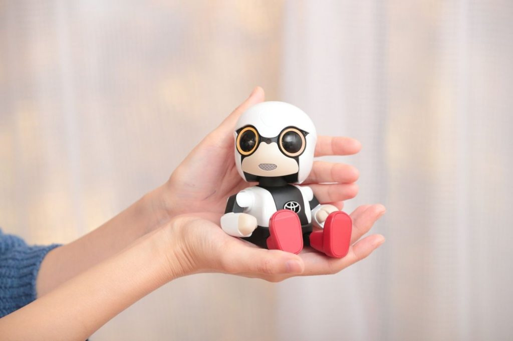 Robot Kirobo Mini.