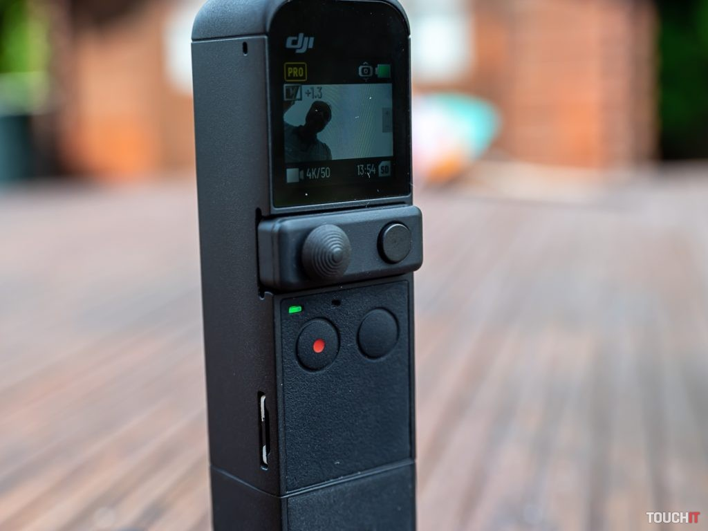 Joystick, ktorým sa ovláda poloha kamery DJI Pocket 2. Zdroj: Ondrej macko/TOUCHIT.sk