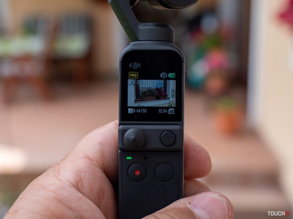 Dotykový displej na Pocket 2 by mohol byť väčší na sledovanie videa. Zdroj: Ondrej Macko/TOUCHIT.sk