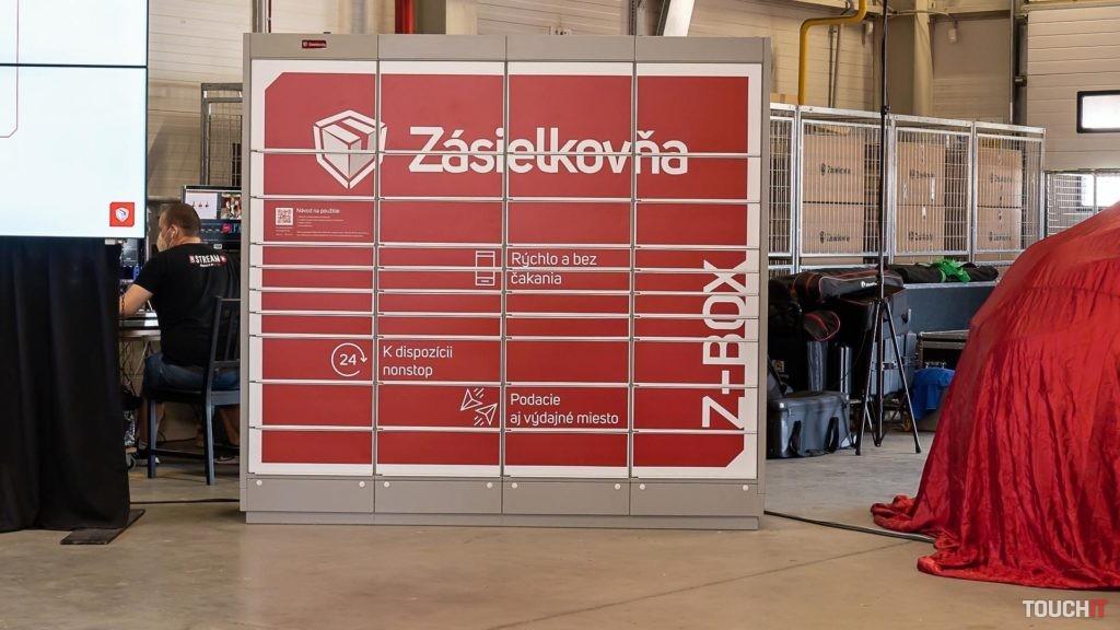 Z-box slúži na výber ale aj spätné podanie zásielky. Zdroj: Ondrej Macko/TOUCHIT.sk