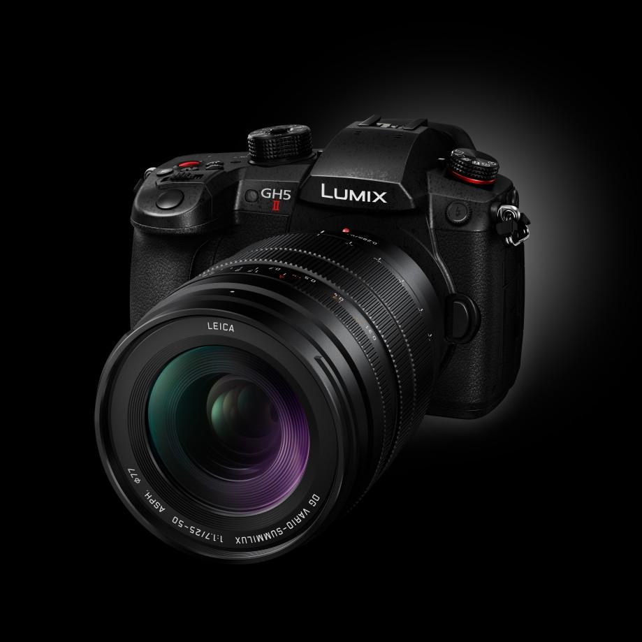 Fotoaparát Panasonic GH5 Mark II a objektív X2550.