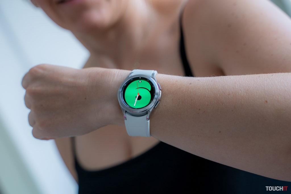 Inteligentné hodinky Galaxy Watch4.