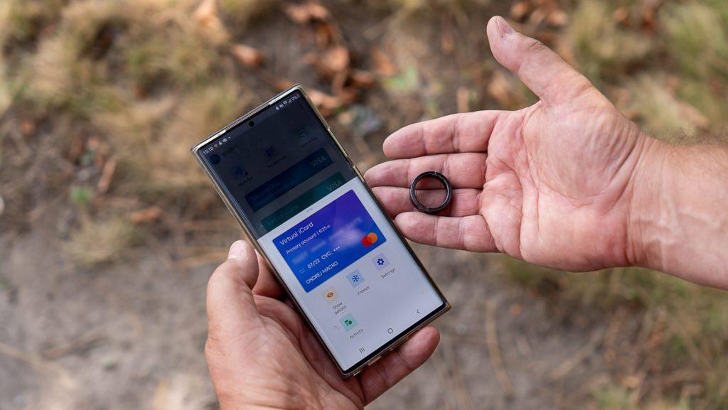 Virtuálna platobná karta spojená s platobným prsteňom
